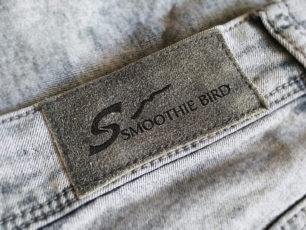 SMOOTHIE BIRD 牛仔褲品牌視覺設計